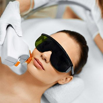 Fractional laser skin resurfacing is effective